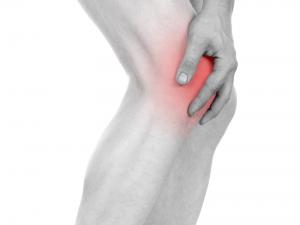 ひざ痛を悪化させる身近な2つの要因